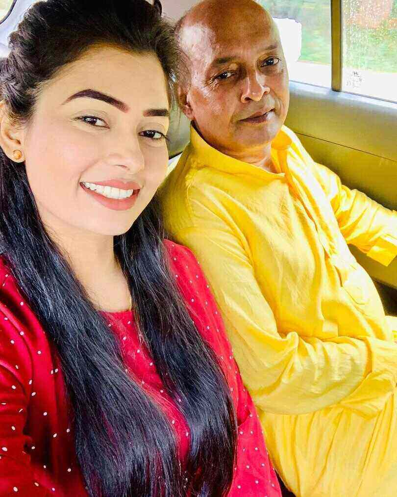 Ruba Khan Father