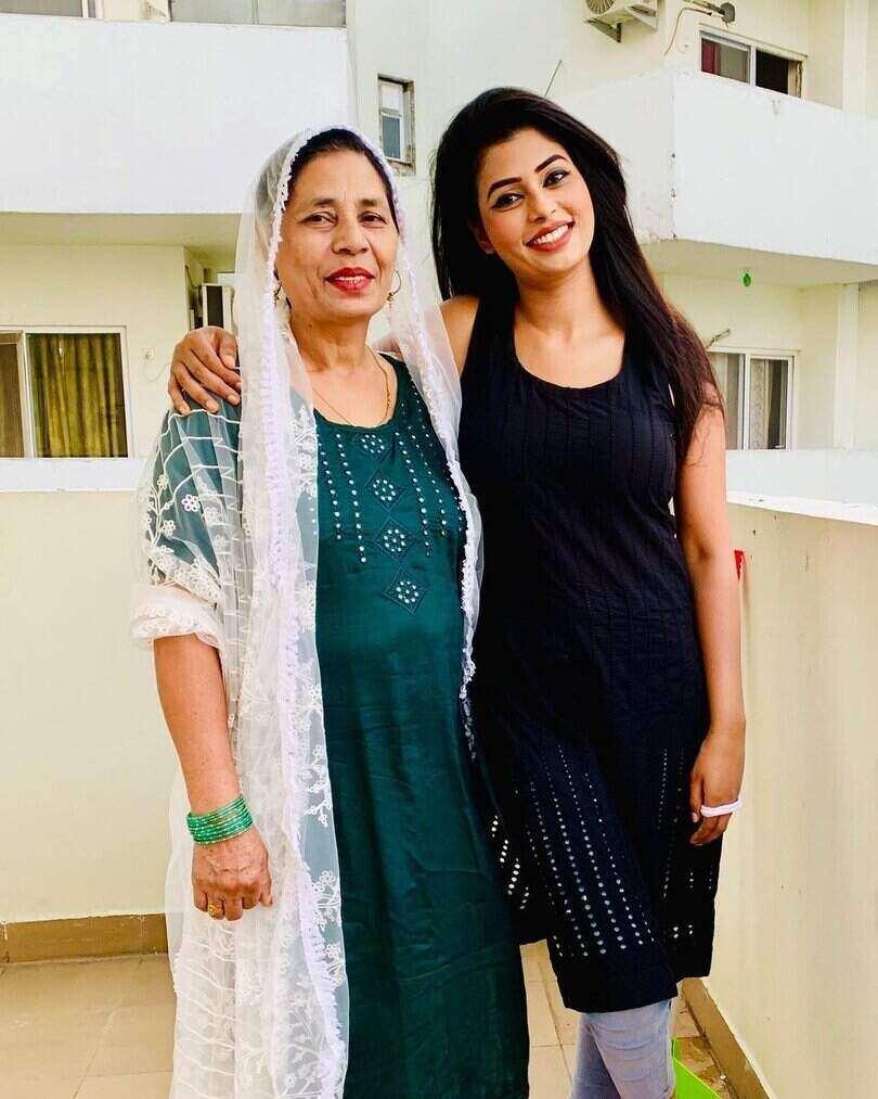 Ruba khan Mother