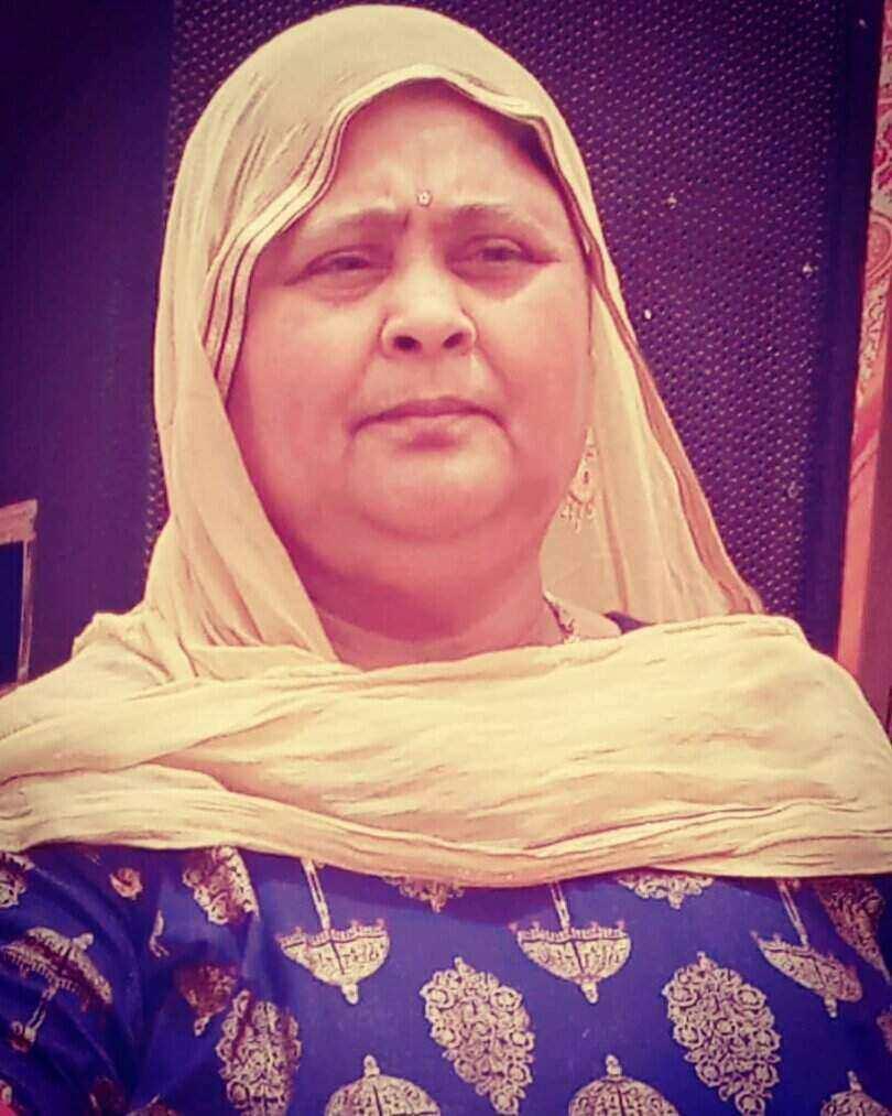 Veeru Dhillon Mother